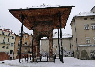 Tarnow-32