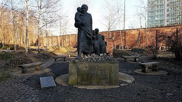 בית הקברות החדש בוורשה-2