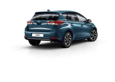 Toyota_auris_3