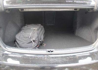 toyota avensis sedan (1)